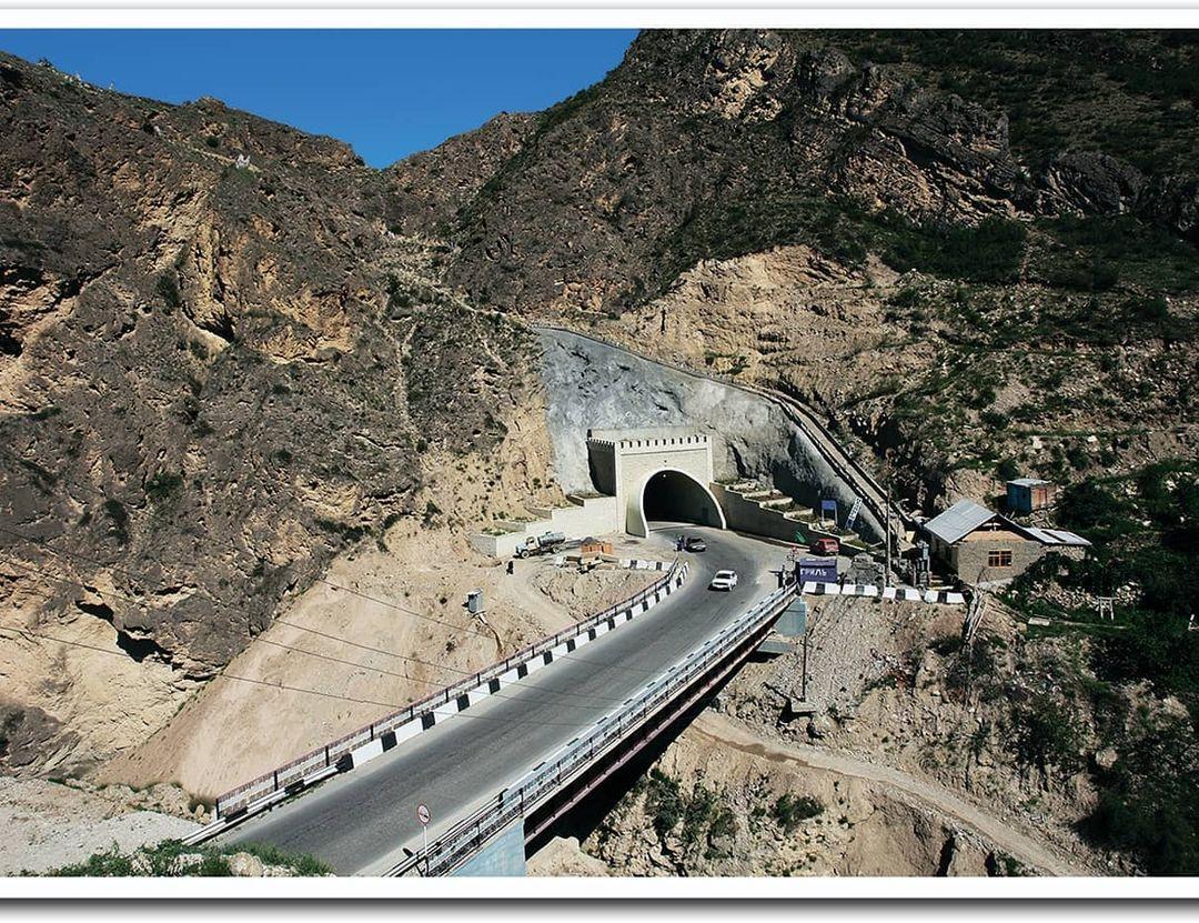 Постройка Ашильтинского автодорожного тоннеля